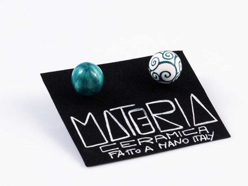 """Orecchini in ceramica """"Perle verde petrolio riccioli""""-materia ceramica"""