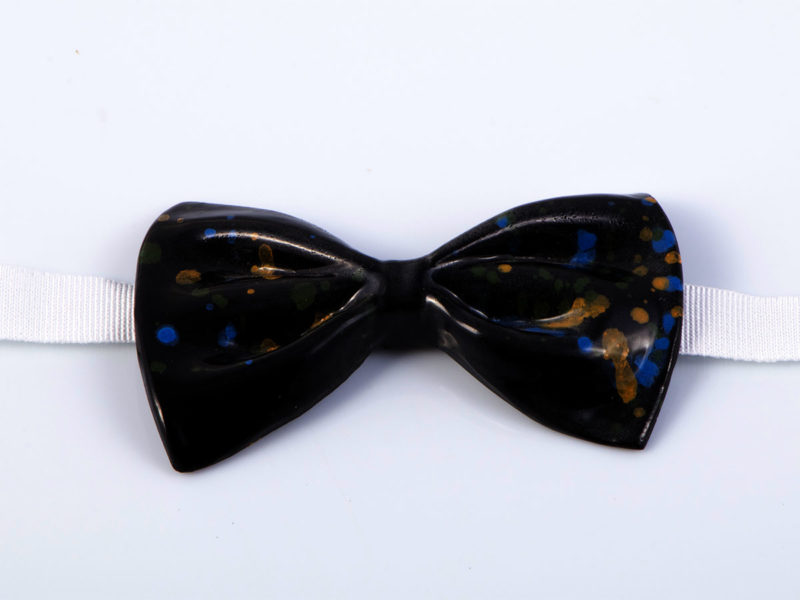 "Papillon in ceramica ""Macchie sul nero"" - materia ceramica"