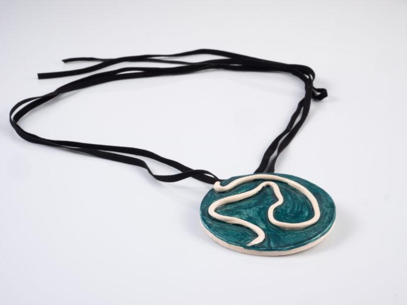 "Collana in ceramica ""Medaglione Materico"" - materia ceramica"